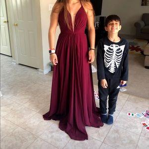 Faviana burgundy prom dress size 2